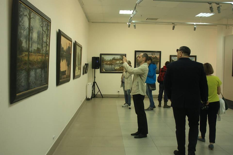 """Выстава """"Правінцыя"""" Кастуся Качана ў Мінску"""