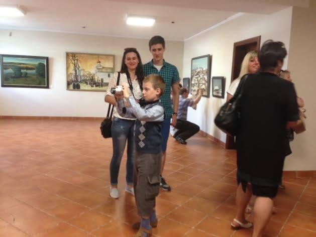 Экскурсіі 2016 у галерэі Кастуся Качана